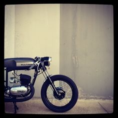 Hey! Take a look of this great Bultaco Mercurio 155… What a job!!! Done by an amateur!! Great job mr. Jesus Pola!!! Great job! #bultaco #mercurio #caferacer #bcncaferacer #handmade #greatjob http://ift.tt/1RRB5fj
