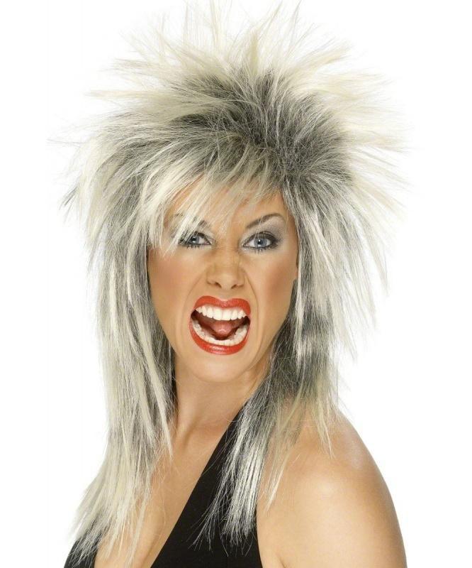 Peruka Rock Diva w kolorze blond pozwoli przeistoczyć się w drapieżną gwiazdę rocka.