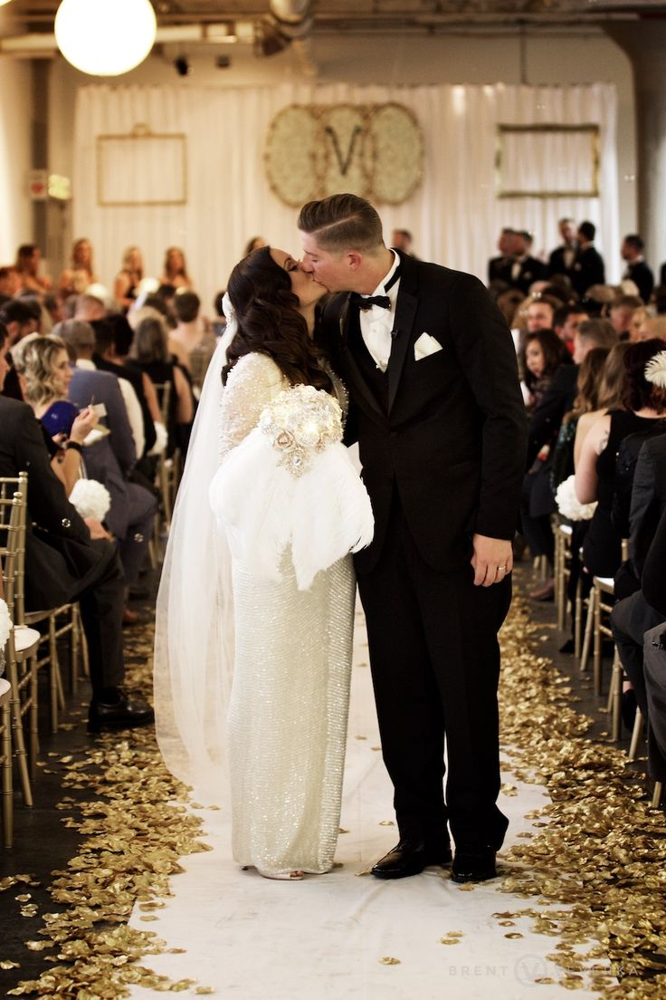 Bride and Groom Kiss | Glam Speakeasy Wedding | Brent Veverka Media