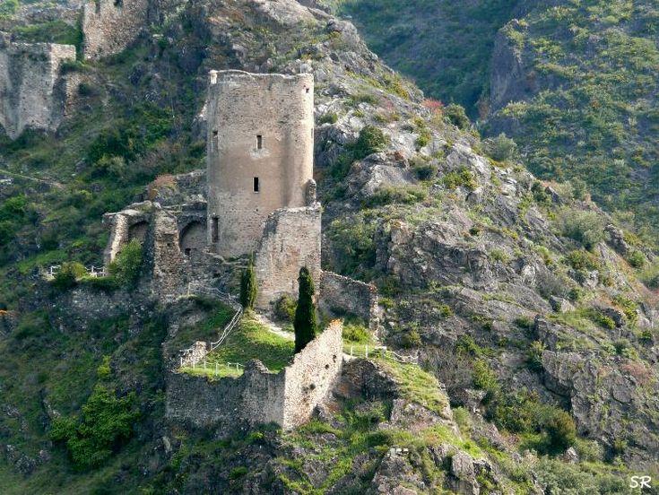 Les châteaux de Lastours, France