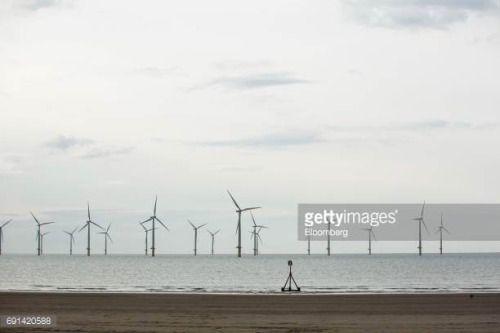 06-02 Wind turbines on the EDF Teesside Offshore Wind Farm,... #governorsbeach: 06-02 Wind turbines on the EDF Teesside… #governorsbeach