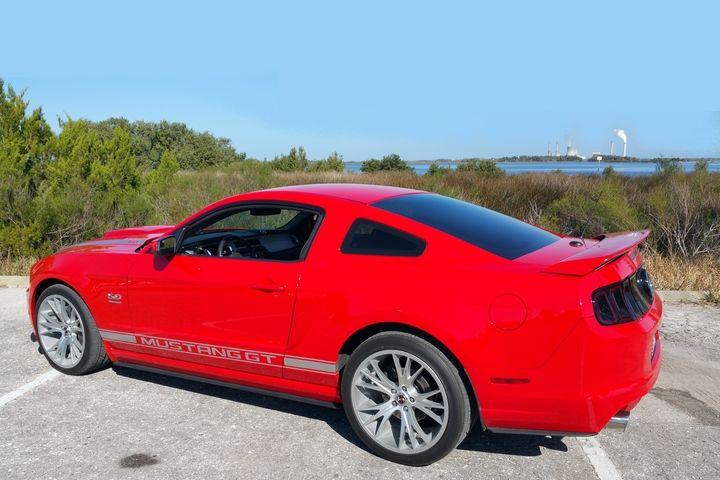 2013 Mustang GT premium in Race Red