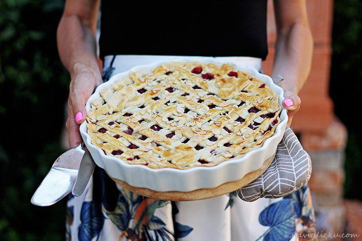 Cherry Pie / Křehký třešňový koláč | Na vidličku food blog