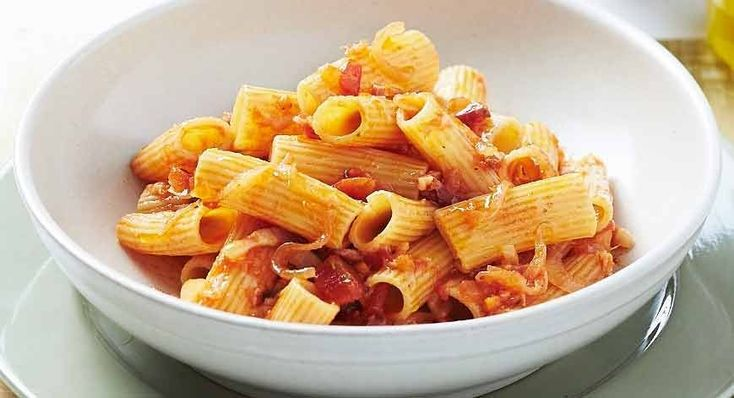 Make an easy and delicious family meal with this Italian Rigatoni pasta dish, proudly brought to you by the team at Barilla.
