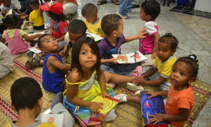 ¡Leer es nuestro cuento! Foto tomada en La Paz, biblioteca de B/Quilla.