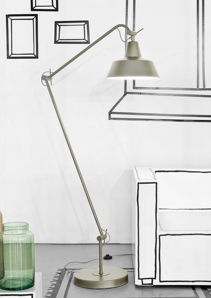 With its almost vintage look lampshade, and modern slim profiled body, the Chicago Floor Lamp by It's About RoMi works brilliantly in many styles of interior design.