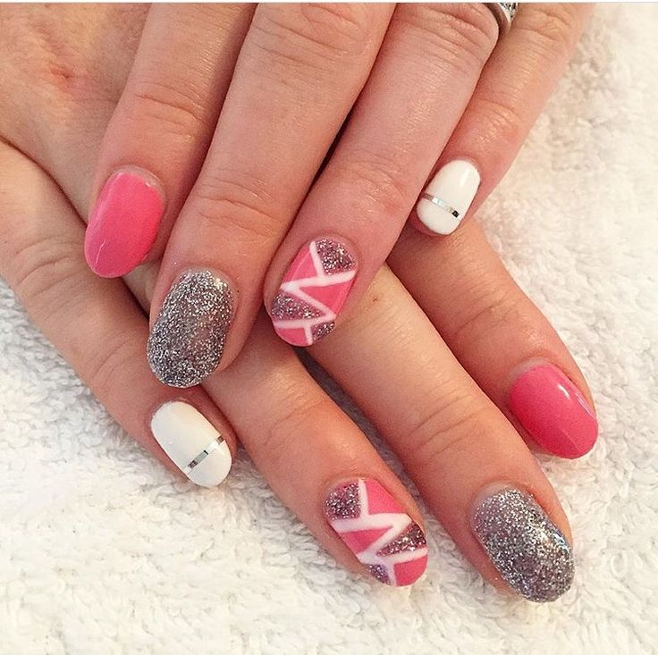 Pink, silver and white with striping tape   By Zara 💗