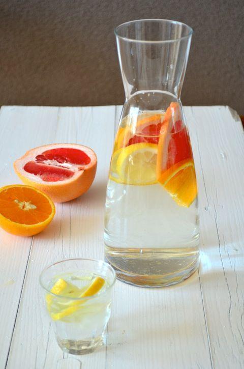 water met een smaakje / summer drinks / flavoured water