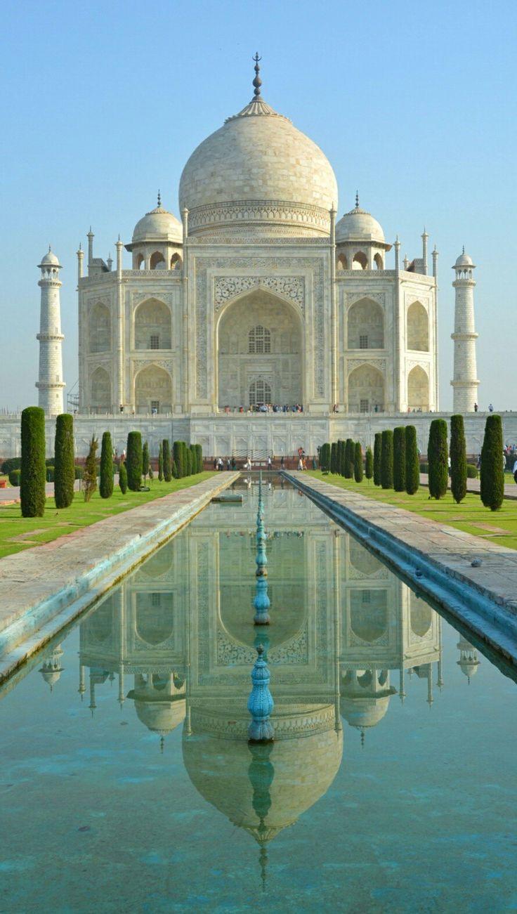 Ihmeellinen Taj Mahal