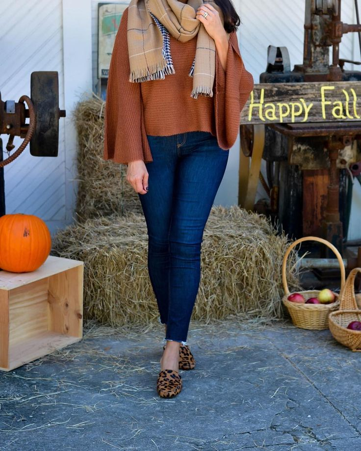 Cozy fall look on the blog this week! There's a direct link in my profile to see the full outfit post.  You can instantly shop my looks by following me in the LIKEtoKNOW.it app http://liketk.it/2t8ST #liketkit @liketoknow.it