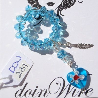 doinWire Wine Charm Lt blue crystals and blue glass heart. DOW281