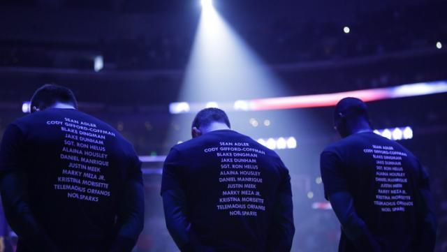 Clippers Bucks Wear T Shirts In Warmups That Say Enough With Names Of Thousand Oaks Shooting Victims Los Angeles Clippers Thing 1 Thing 2 How To Wear