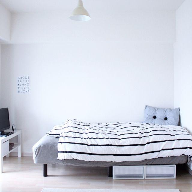 ma___onさんの、ベッド周り,IKEA,クッション,ハンドメイド,白黒,塩系インテリア,のお部屋写真