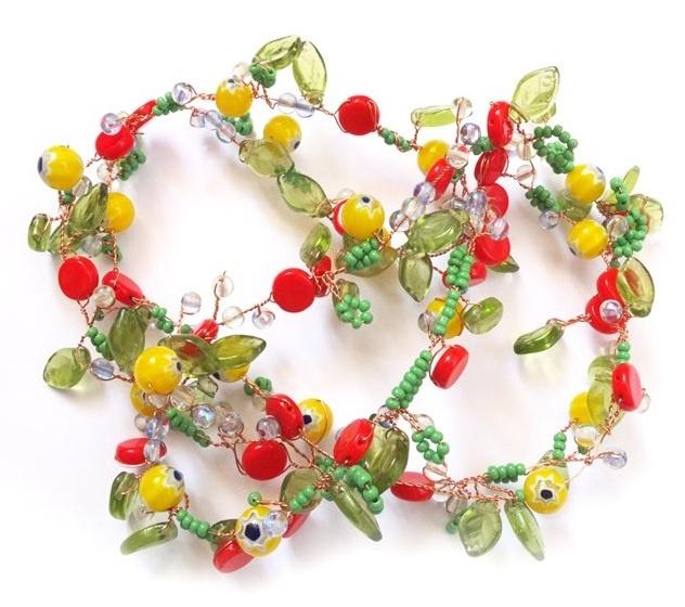 Цветочное ожерелье из бисера и бусин / Бисероплетение / В рукоделии