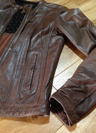 À vendre sur #vintedfrance ! http://www.vinted.fr/mode-femmes/vestes-en-cuir/33294117-perfecto-100-cuir-agneau-marron