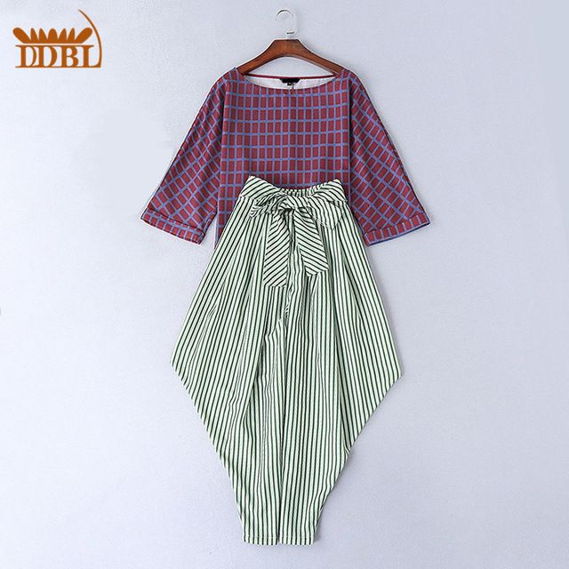 Wine Colored Wide SLeeves Plaid Top and Striped batwing pants 2016 runway high quality fashion set 20160104 US $62.99 /piece    CLICK LINK TO BUY THE PRODUCT  http://goo.gl/oYWEYs