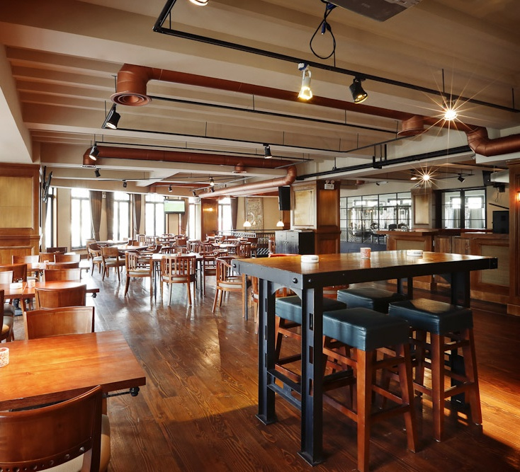 17 best ideas about brewery decor on pinterest brewery for Home interior design consultants