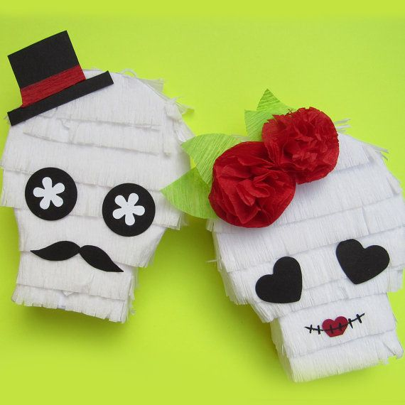 Mini Piñata Favors Sugar Skull Couple for by CactusPearStudio