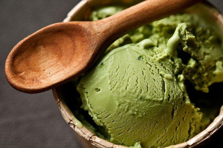 Green Tea Ice Cream--my absolute favorite flavor:}