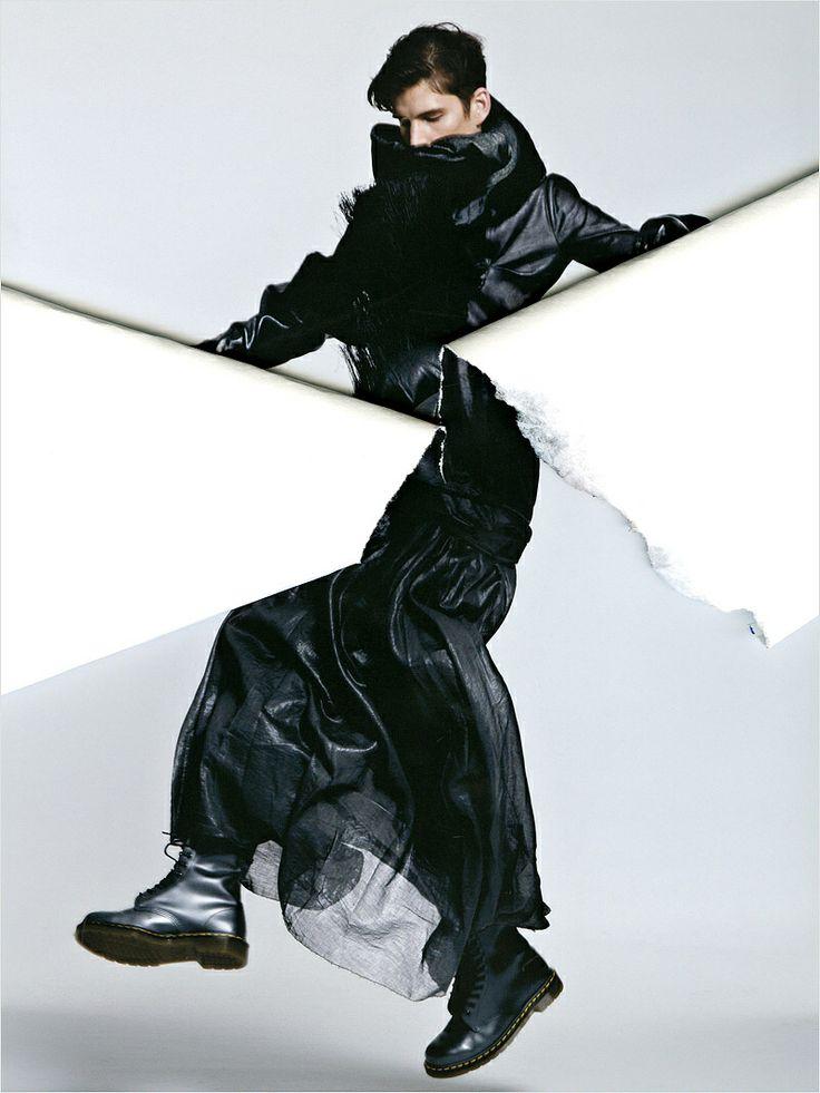 Avant-Garde Menswear | Florian Wowretzko Menswear Avant Garde in ANATOMIKA 3