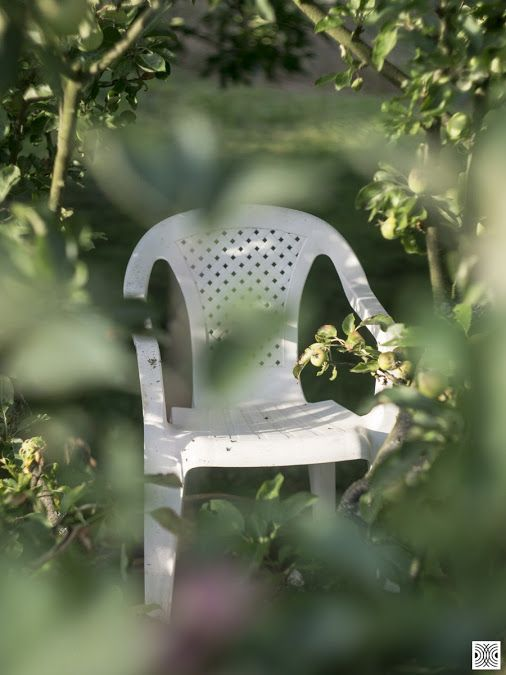 still life of a day  Sony a6000, helios 44-2  www.pavelvrzala.com  #PavelVrzala #stilllife #white #chair #garden #sony #a6000 #helios44-2