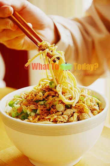mie ayam (chicken noodles)