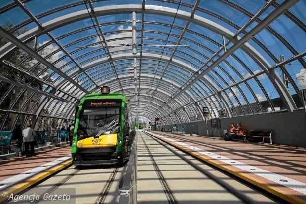 Dworzec Zachodni, tram step
