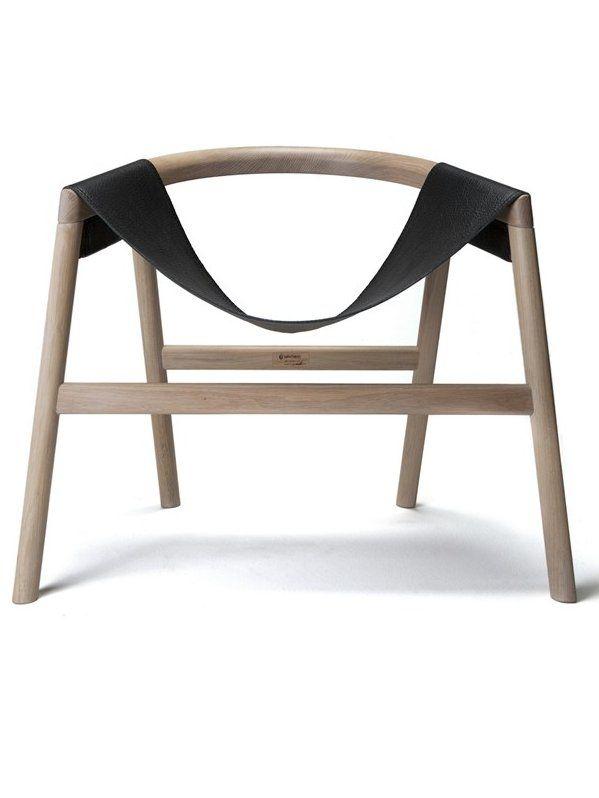 Oak armchair DARTAGNAN by Haymann  By: Toni Grilo