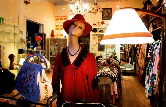 Firlefanz, une boutique pleine de beaux objets et de fripes vintage à Berlin.