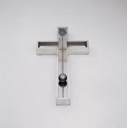 Walter De Maria - Cross, 1965–66. Aluminum, 4 x 42 x 22 inches (10.2 x 106.7 x 55.9 cm). Solomon R. Guggenheim Museum, New York  73.2033. © Walter De Maria. Photo: David Heald