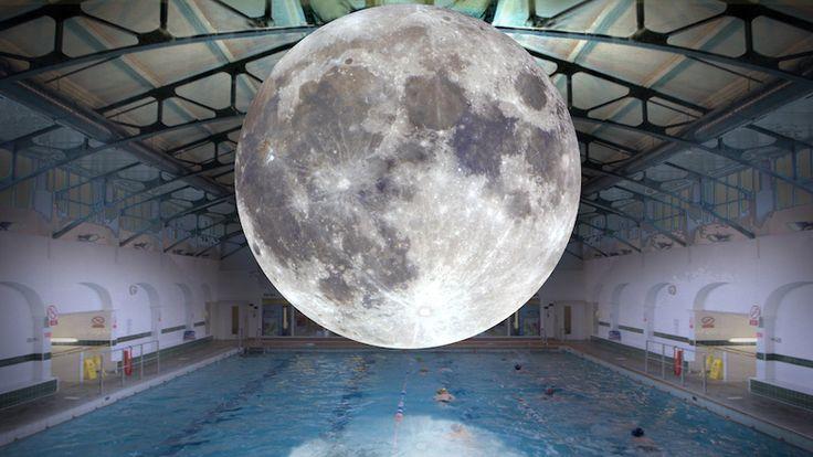 Piscine Saint-Georges Museum of the Moon Rennes Gratuit Dimanche à Rennes – Museum of the Moon Rennes Piscine St Georges Museum of the moon est une oeuvre d'art réalisée par Luke Jerram mesurant sept mètres de diamètre. Moon est une lune gonflée, composée d'images de 120dpi provenant de la NASA et éclairée de l'intérieur. Venez nager... https://www.unidivers.fr/rennes/dimanche-a-rennes-museum-of-the-moon-rennes/ https://www.unidivers.fr/wp-content/upload