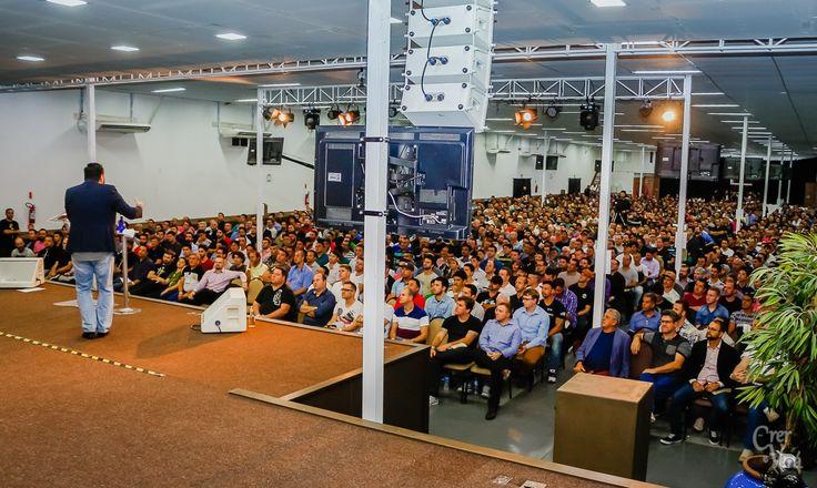 Conferência dos Corajosos com os Pastores Charles, Claudio Duarte