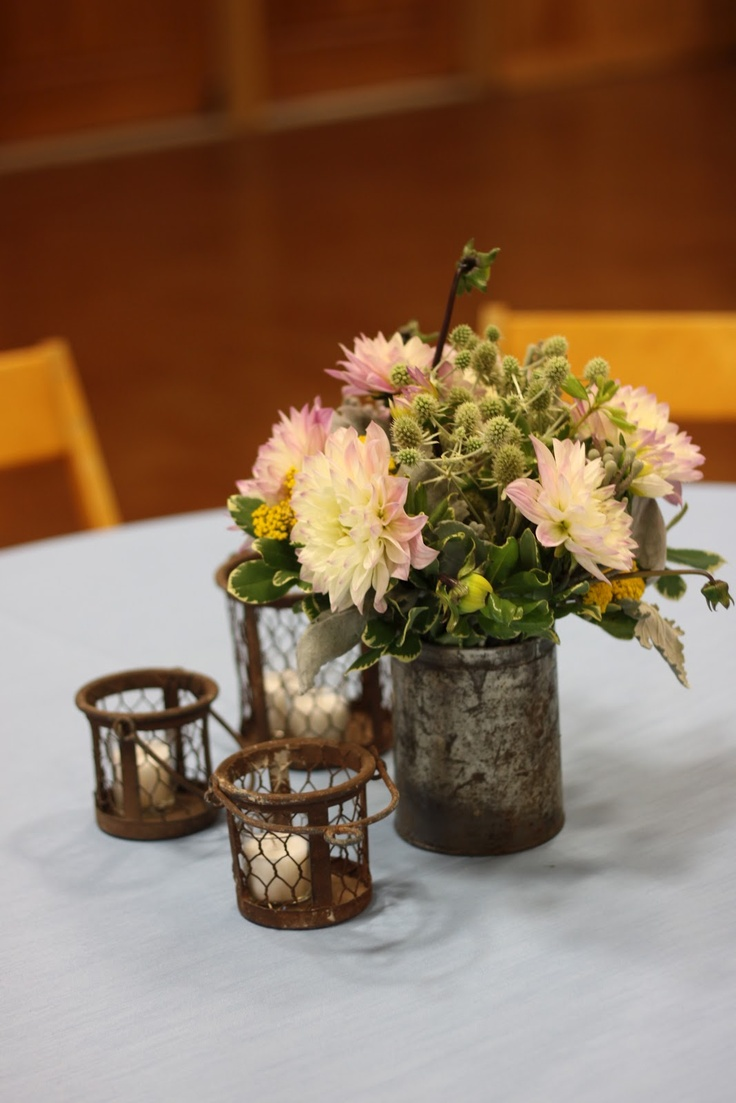 192 best rustic and vintage wedding decor images on for Bridal table arrangements