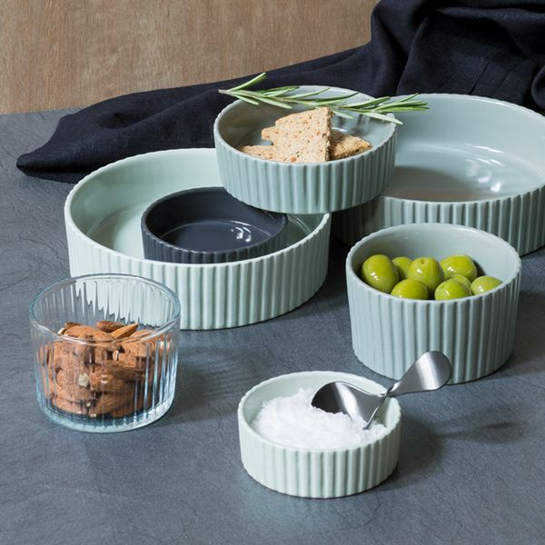 Wonderful serving dishes for tapas and all sorts of delicious goodies. Available in the shown colours and sizes. Price per item from DKK 6,88 / EUR 0,98 / ISK 174 / NOK 9,88 / GBP 0,94 / SEK 9,77 / CHF 1,18 / FO-DKK 8,06