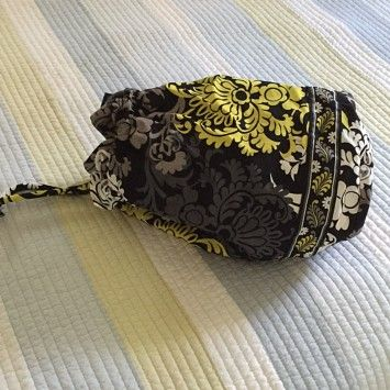Vera Bradley Travel Bag on Sale, 20% Off | Weekend/Travel Bags on Sale at Tradesy