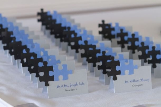 Puzzle piece name cards