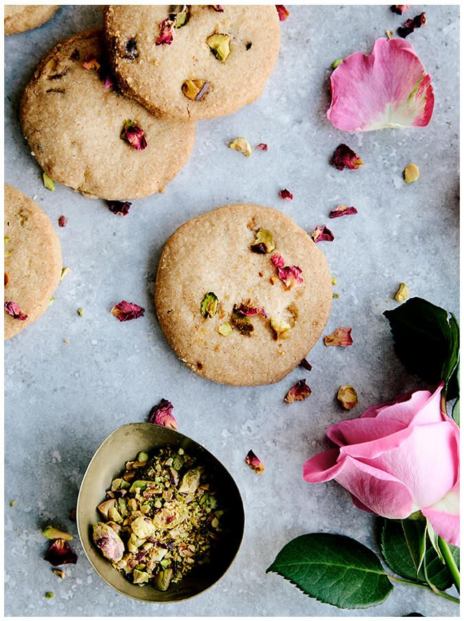 Rose Pistachio Olive Oil Vegan Shortbread Cookies #spring recipe #bakebake #sweet