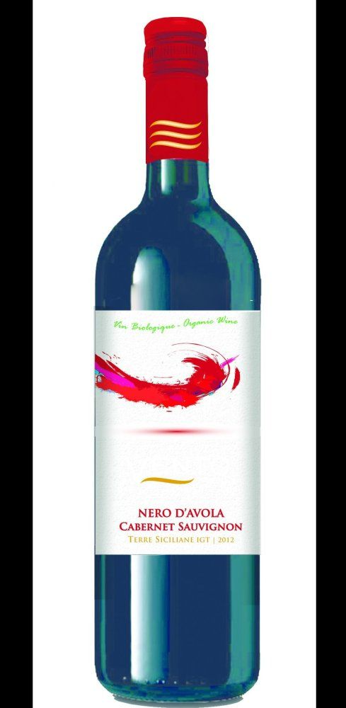 Vento di Mare, Cab. Sauvignon/Nero d'Avola, Sicile, 2013, Italie, 12,95$ Une belle trouvaille pour terminer. Cet assemblage de 80% de Nero d'Avola et de 20% de Cabernet sauvignon est, malgré son bas prix, un vin bio! Il n'est donc pas bourré d'additifs.