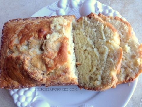Best banana bread EVER. So easy! From FunCheapOrFree.com