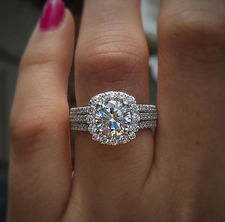 Such a gorgeous ring!