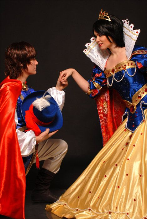 Snow White and Prince Ferdinand cosplay. Hang the fact that it's Snow White, I just adore that dress!