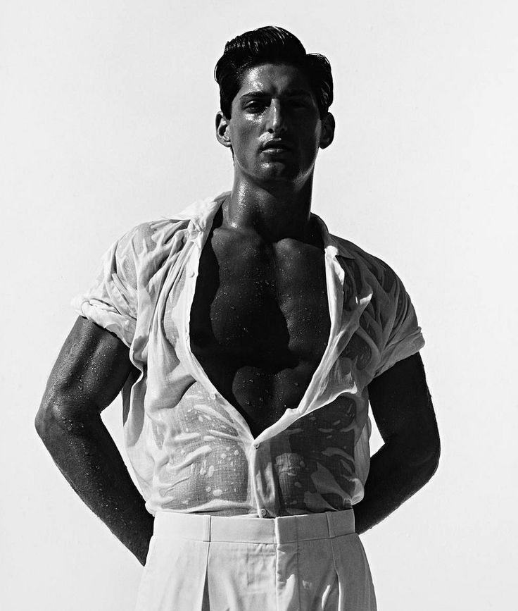 Herb Ritts, Tony Ward in White, Hollywood, 1988 © Herb Ritts Foundation