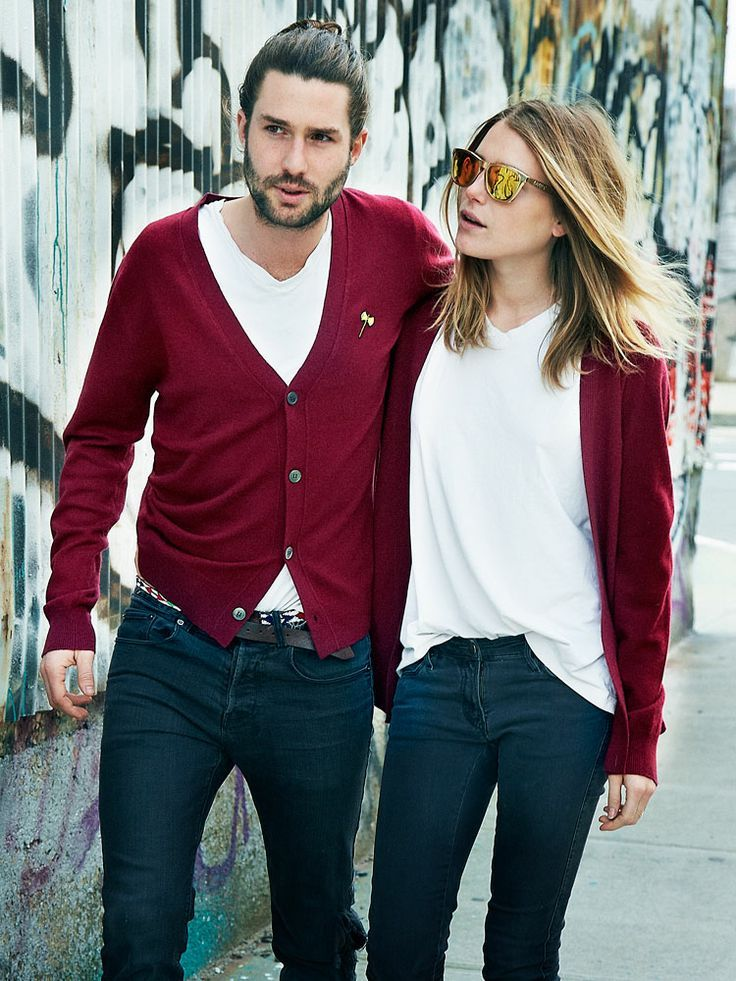 Loving the simplicity of white tees, colourful cardigans and jeans