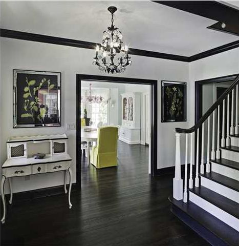 Design Inspiration | black molding, white walls — The Decorista
