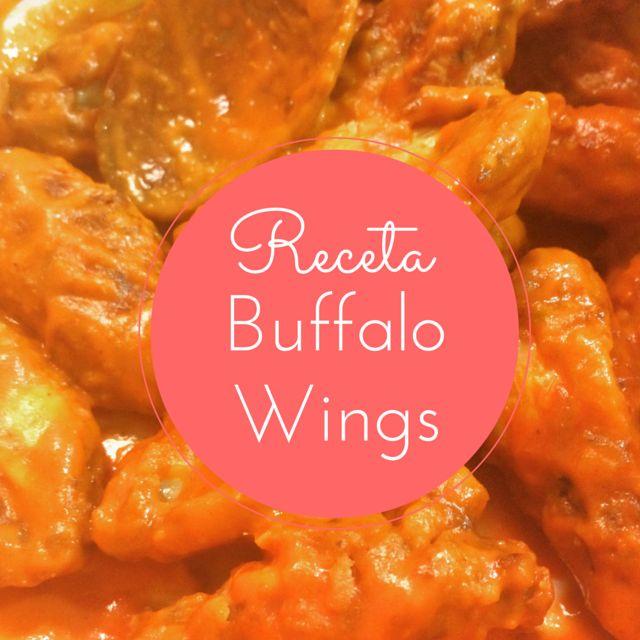 Hoy preparamos la famosa receta de Buffalo Wings: las alitas de pollo picantes de USA. Un entrante delicioso, picante y adictivo que te encantará.