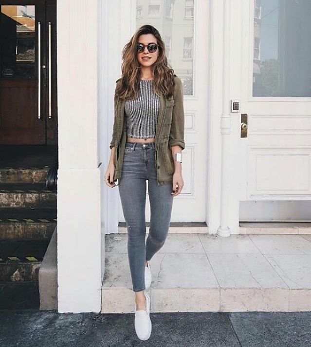 Cute Summer And Spring Outfit With Grey Crop Top Green Jacket