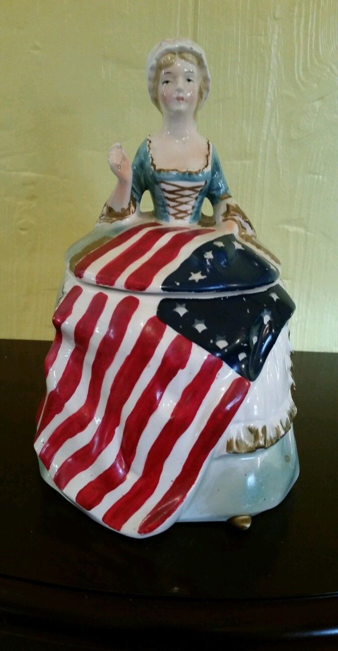 This is my favorite~Betsy Ross cookie jar.