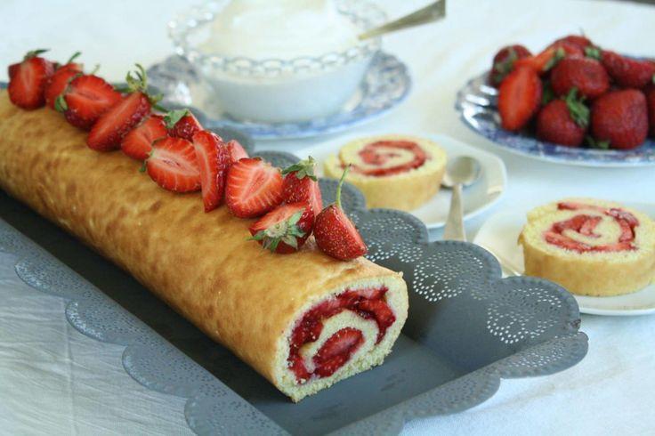 Rullekake med norske jordbær