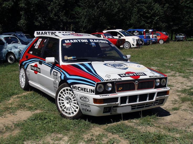 Lancia Delta HF Integrale. Nunca hubiera sido lo mismo sin la publicidad de Martini.