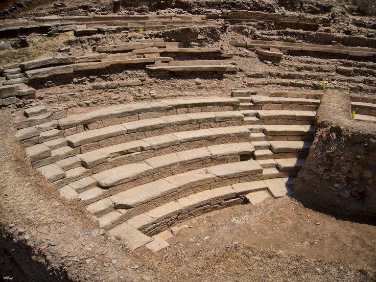 Αρχαίο Θέατρο Καρθαίας - Ancient Karthaia Theatre